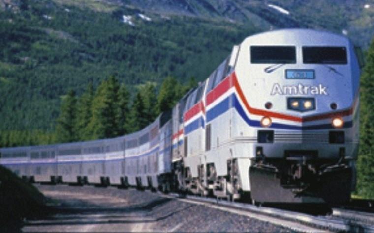Senators call on TSA to beef up rail transit security.
