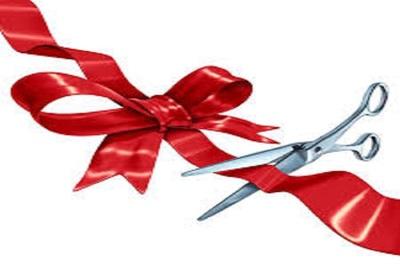 Medium ribboncutting