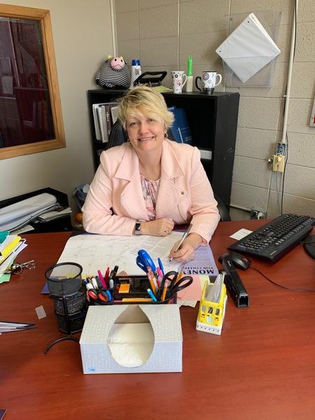 Calhoun High School Principal Cheri Burris