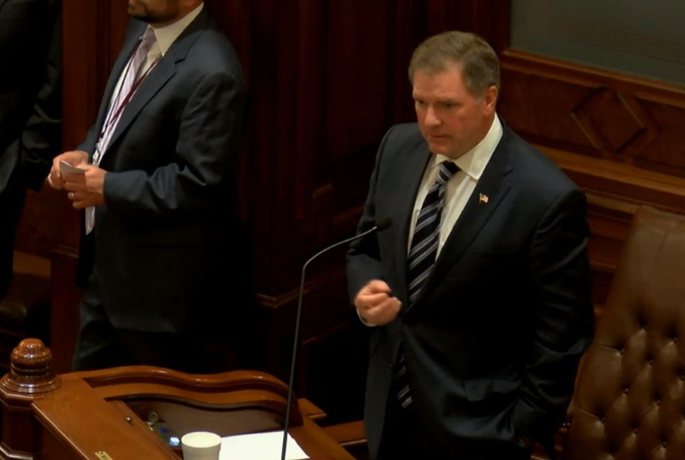 Sen. William Brady (R-Bloomington) compliments budget at the May 30 Senate floor debate