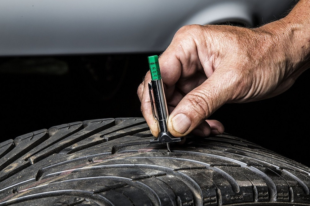 Tire Penny Test >> Check Tire Tread Depth With The Penny Test Mega Dealer News