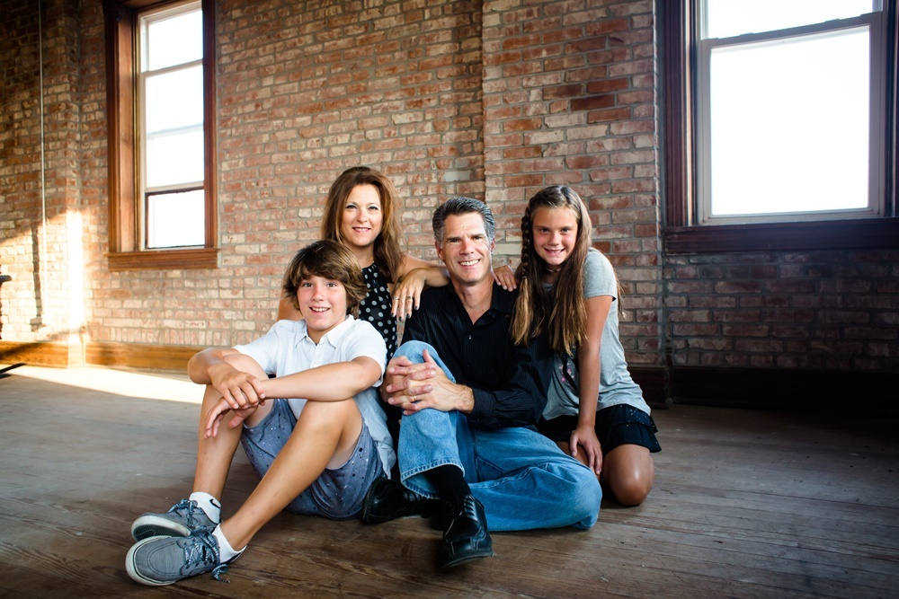 David Friess (center) with his family.
