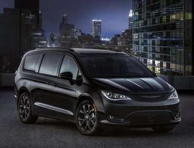 The Chrysler Pacifica S is especially stunning in all black.