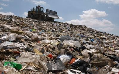 Qatar deploys strategies to cope with huge amounts of waste.