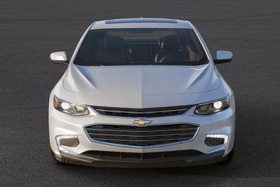 There's little to distinguish the hybrid Malibu from the regular models, likely because there's no point and all model are new for 2016 model year, anyway.