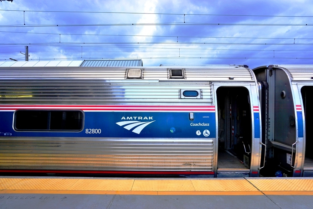 Lake Forest weighs Amtrak proposal for Chicago-Milwaukee line
