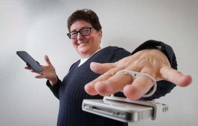 Maxxable creator Marjie Krupnik demonstrates her invention.