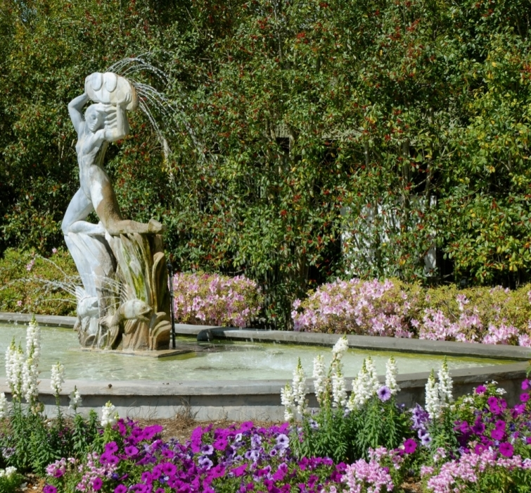 NEW ORLEANS U2013 A Rental Company Is Being Sued Over Its Alleged Negligence  That Led To The Destruction Of An Antique Statue In The City Park Botanical  Garden.