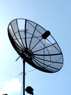 Large satellitedish