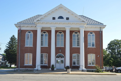 Brown County Courthouse in Mount Sterling, a city in which residents are projected to pay $852,115 in additional income taxes this year.