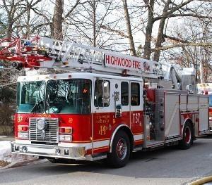 Medium highwood fire dept truck