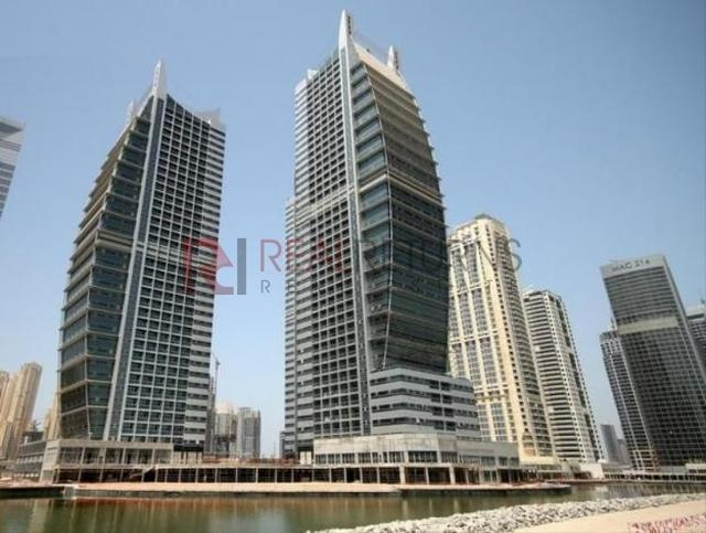 A one bedroom apartment is available in Amarmada Tower 1 at Jumeirah Lake Towers