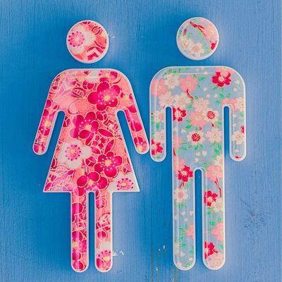 Medium ladymanbathroom
