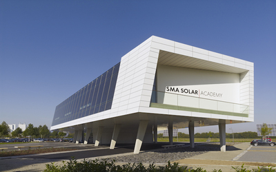 SMA Solar Technology's executive VP assumes roles of president and general manager.