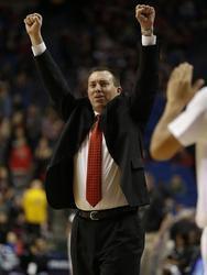 Holmes High School basketball coach retires