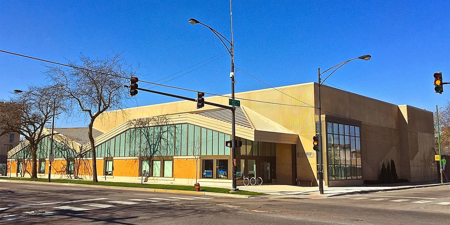 METROSquashes' new building opened in 2015 on the corner of 61st and Cottage Grove streets in Chicago.