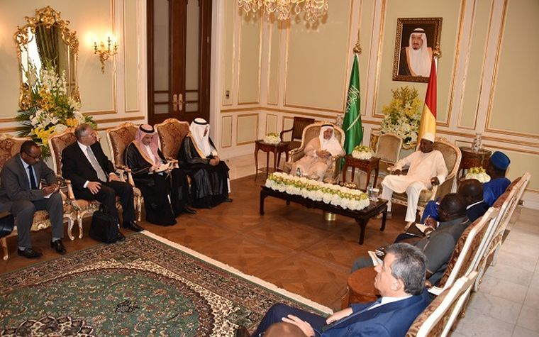Guinea President Alpha Conde meets with members of the Saudi business sector.