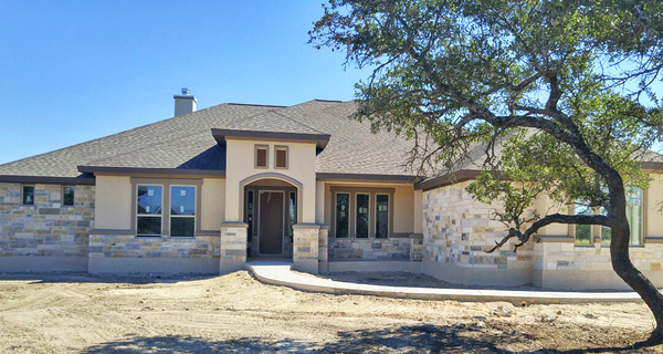 Move-in ready homes from renowned custom builder Grand Endeavor Homes are available in Woodland Hills and Rio Ancho.