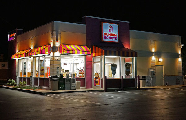 Large 1024px dunkin donuts shop