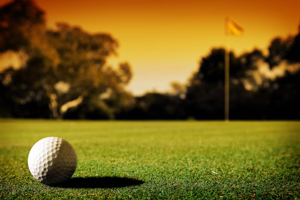 Augustana opens indoor golf facility