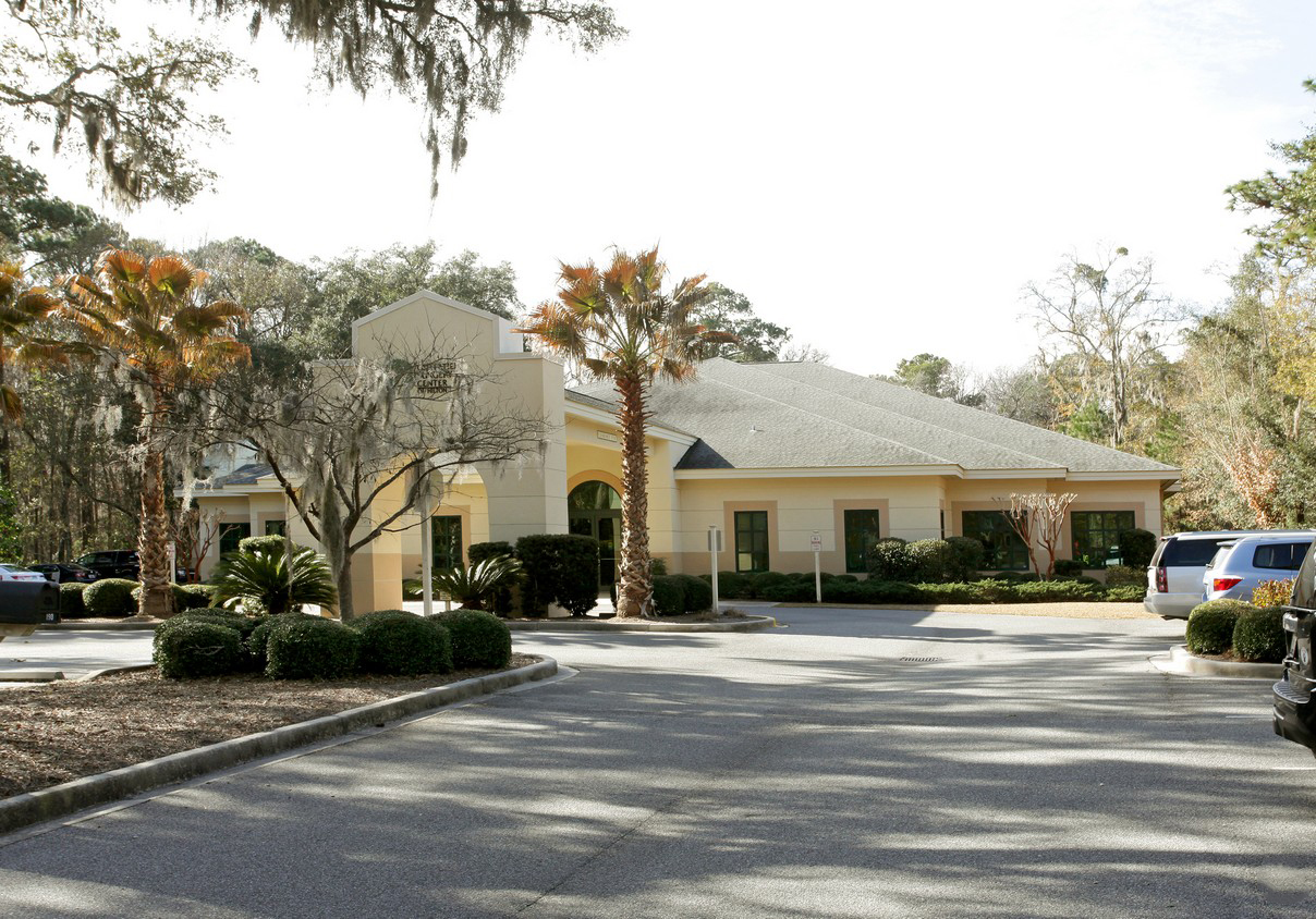 The $8 million ($405.49 per square foot) listing represents a record for per-square-foot pricing of a Hilton Head medical office.