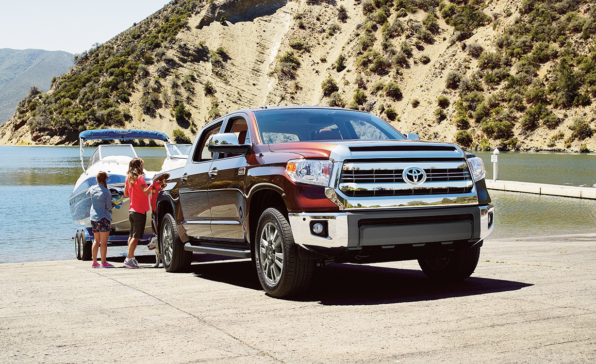The Tundra provides more power than the GMC Sierra 1500.