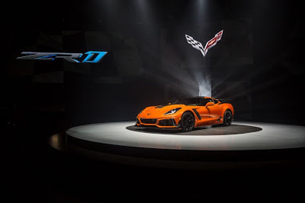The 2019 Chevrolet Corvette ZR1 has a supercharged LT5 6.2-liter V8 engine.