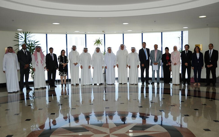 The Bahrain Chamber of Commerce and Industry held a meeting with business leaders and major companies to discuss the nation's economy.