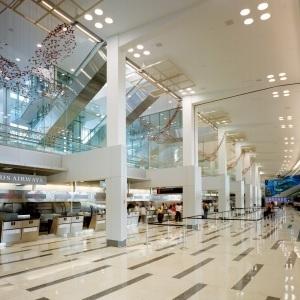 Long-time Philadelphia airport CEO announces retirement.