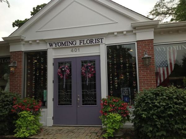 Wyoming Florist expresses creativity through flowers