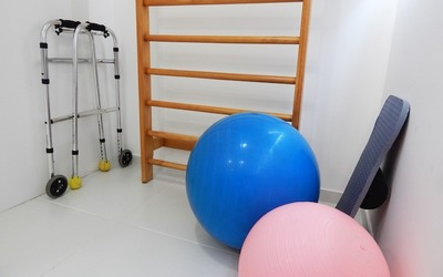 Medium physical therapy