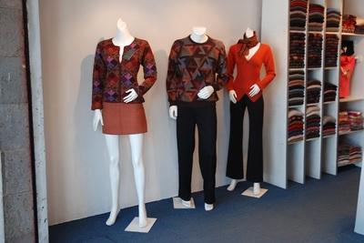 Medium 0210 clothes