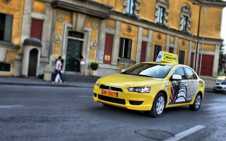 Erkeb is innovating with an application that will help passengers find a taxi or other ride.