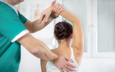 Medium chiropractor