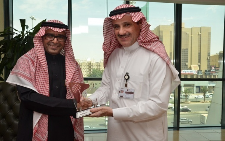 Secretary General of the Council of Saudi Chambers Khalid Al Otaiby (left) and Saudi Ambassador to Korea Riyadh Al Mubaraki