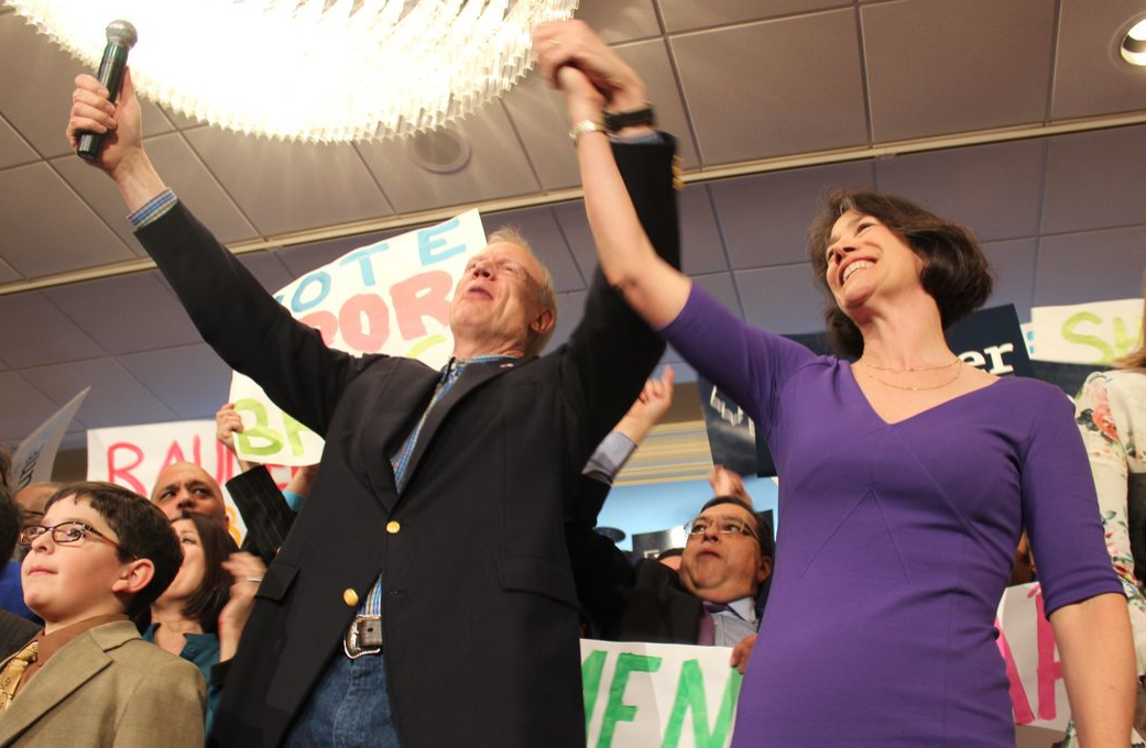 Diana Rauner (right) says she and her husband are moving to Italy if he isn't re-elected.