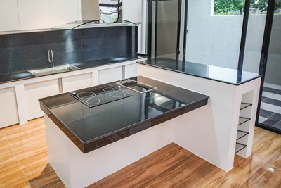 Gless elements are seeing a surge in popularity in modern kitchen design.