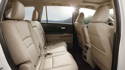 This year's Pilot has plenty of space for passengers and luggage alike.