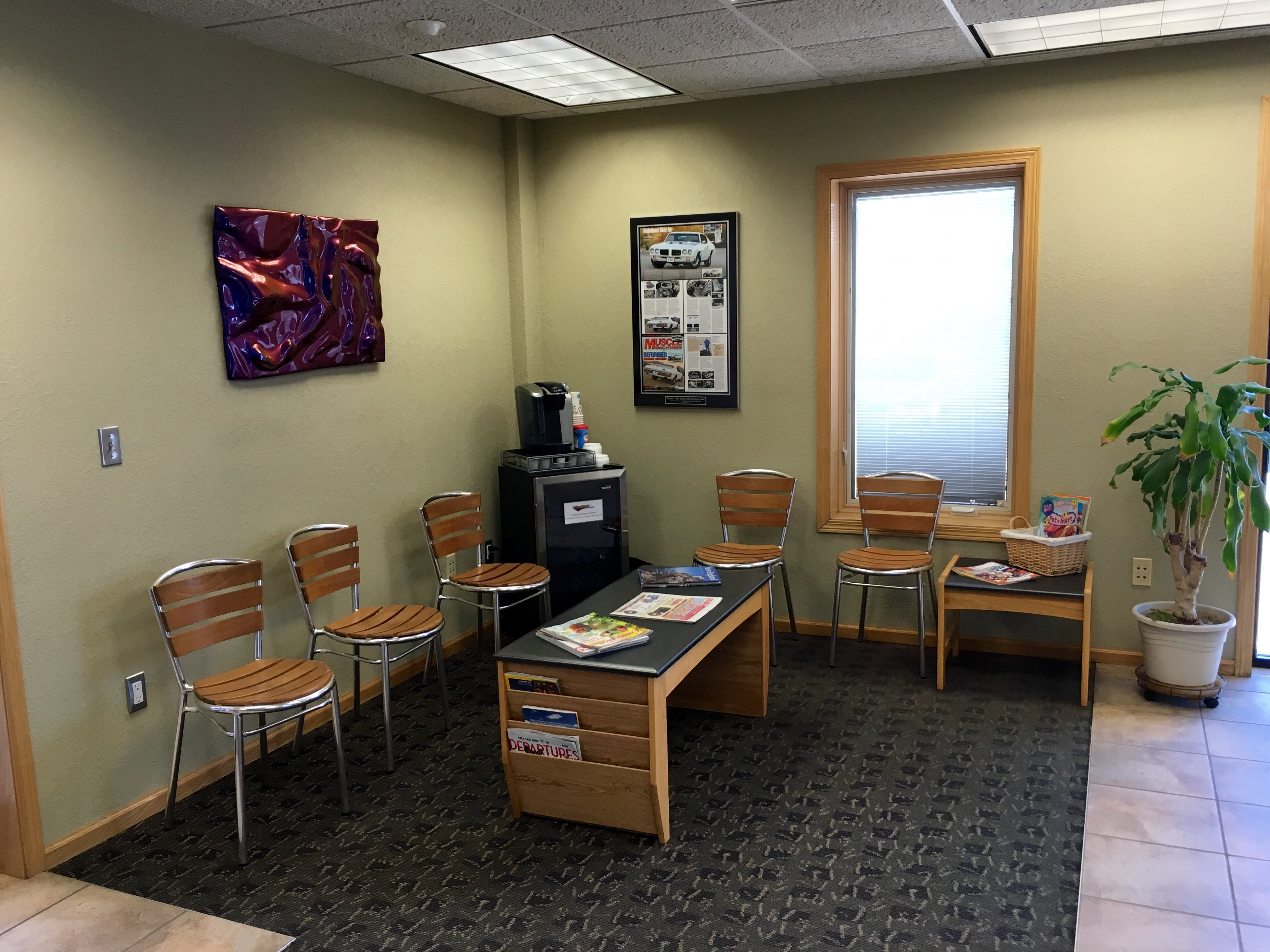 A clean, comfortable customer area illustrates Van Sant Collision's commitment to professionalism and customer service.