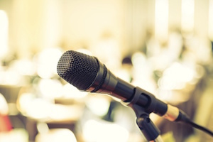 Microfono300
