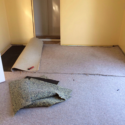 Carpet removal is easy if you keep the workload manageable.