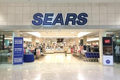 Medium shutterstock sears mall
