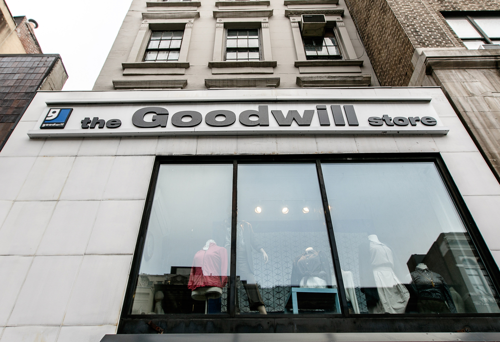 Goodwill Receives 30000 Grant From Walmart Foundation Illinois