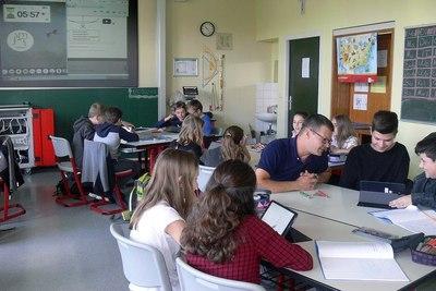 Medium classroom