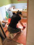 Applying grout correctly is an essential step in renovating bathrooms.
