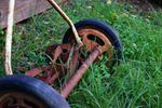 Old-fashioned lawn mowers are not only good for the environment, they're also good for your health.