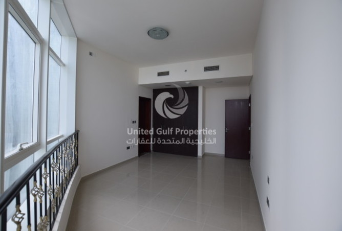 Studio apartment with panoramic views available on Al Reem Island