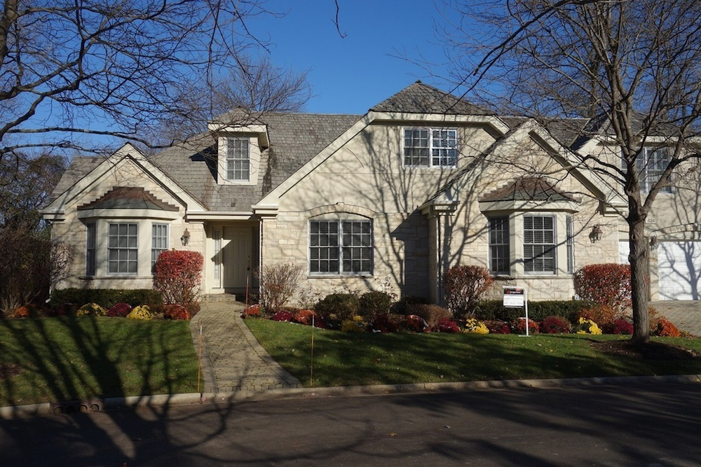 634 Academy Woods Drive, Lake Forest