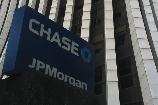 Large jpmorgan chase