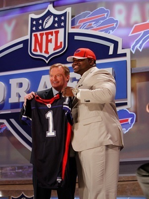 NFL Commissioner Roger Goodell, at left.
